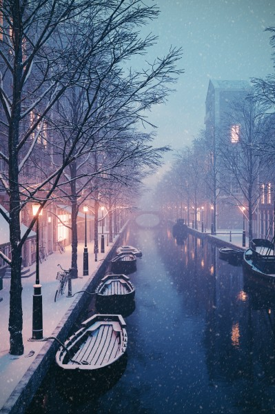 amsterdam winter night